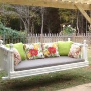 Cottage Daybed Swing