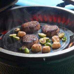 cast-iron-plancha-food-800sq-600x600